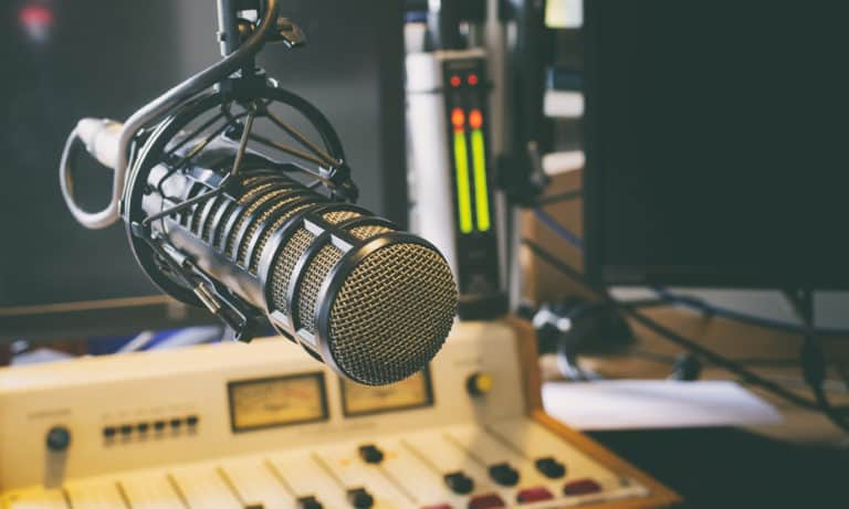 How to Become a Radio DJ (Tips for Success)