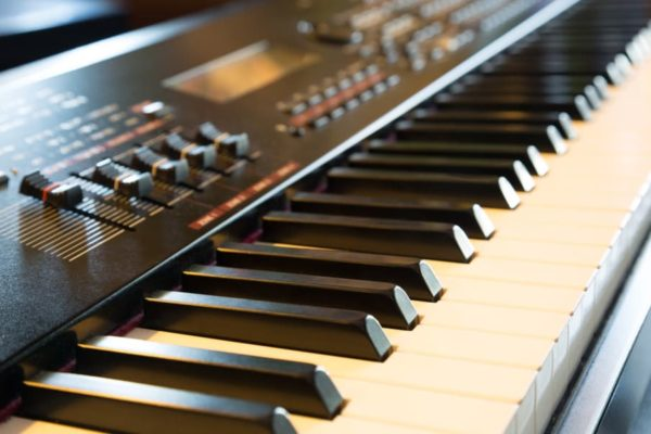 15 Best Cheap Keyboard Pianos of 2020