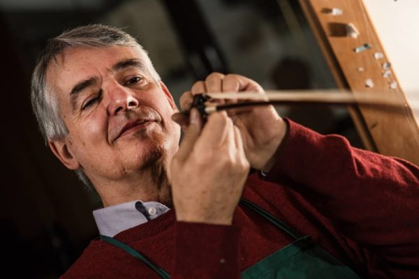 7 Best Violin Bows of 2020 – Cheap & Quality Violin Bow Reviews