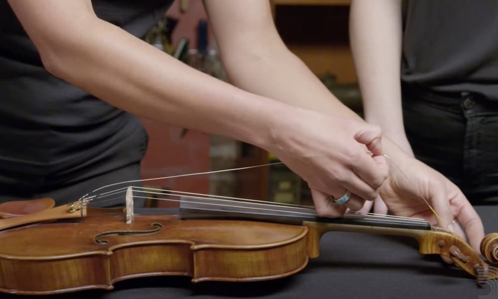 6 Easy Steps to Change Violin Strings