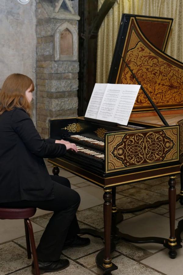 Harpsichord vs. Piano - Differences in Sound