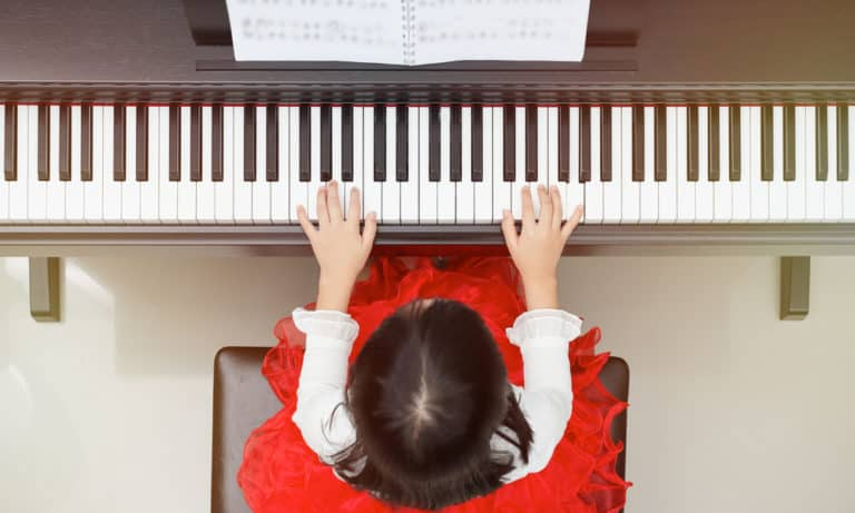 31 Best Beginner Piano Songs