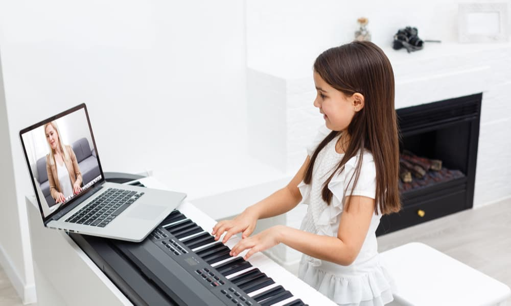 31 Best Online Piano Lessons That Help You Learning Faster