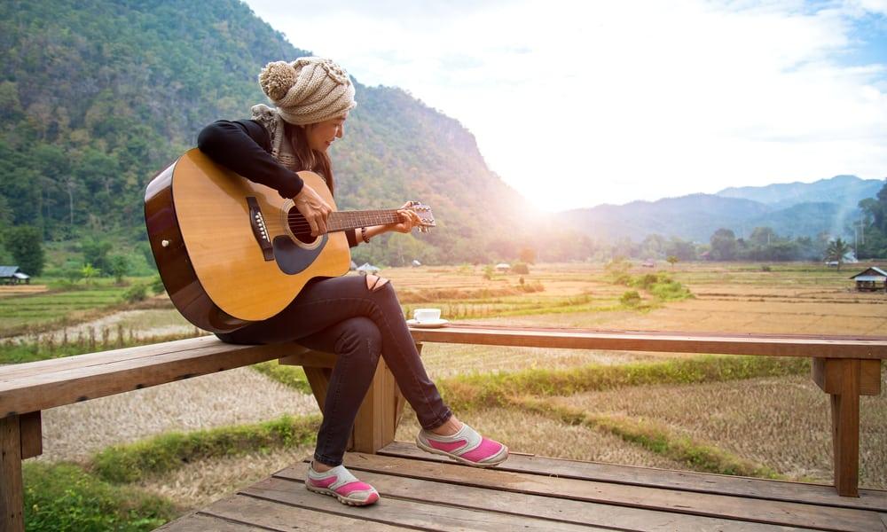 Classical vs. Acoustic Guitar - Your Position
